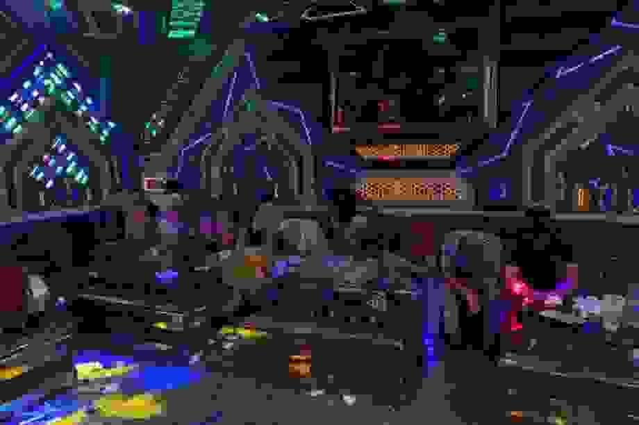 Bắt quả tang nhóm nam nữ sử dụng ma túy trong phòng karaoke
