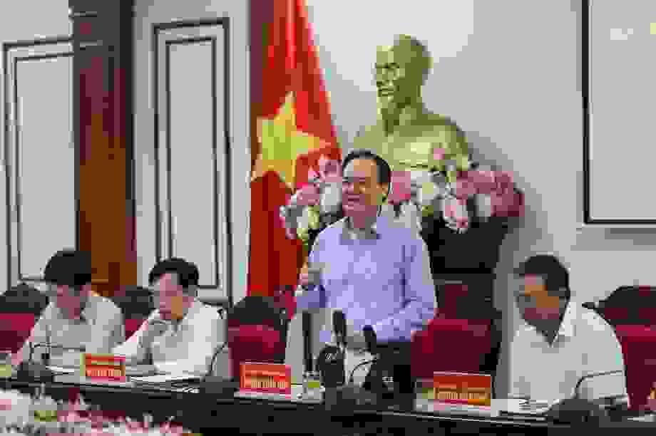 """Bộ trưởng Phùng Xuân Nhạ: """"Không để sơ suất nhỏ làm ảnh hưởng kỳ thi"""""""
