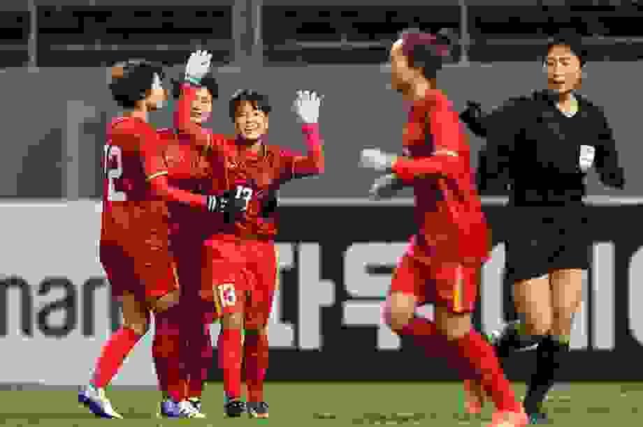 Đội tuyển nữ Việt Nam rộng cửa dự World Cup 2023
