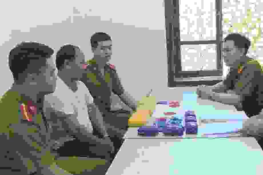 Bắt đối tượng vận chuyển 30.000 viên ma túy tổng hợp từ biên giới về