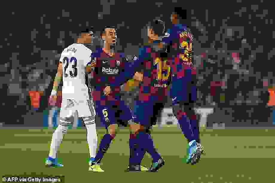 Barcelona nuôi hy vọng mong manh đua vô địch cùng Real Madrid