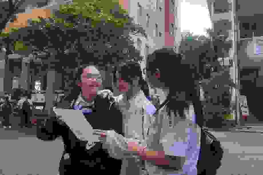 Đề Văn lớp 10 Phổ thông Năng khiếu bàn về nhà trí thức không biên giới