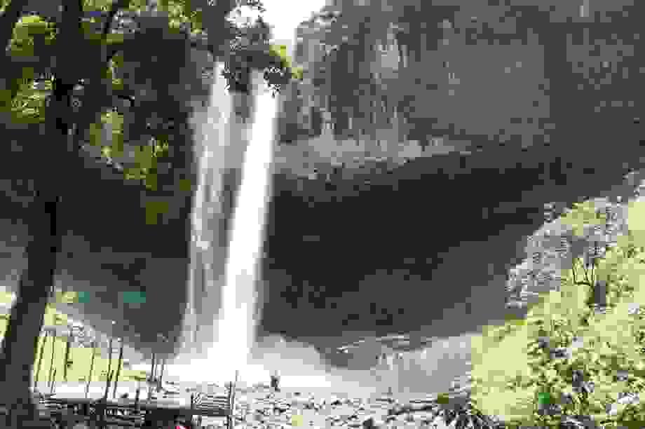 Cảnh nhếch nhác, hoang tàn tại thác nước nổi tiếng Đắk Nông