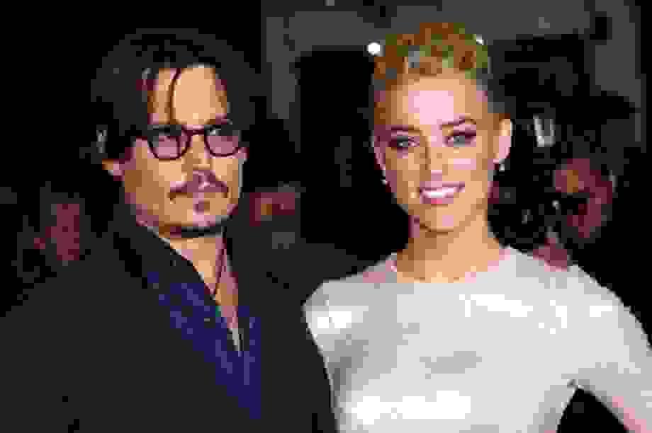 Johnny Depp tố vợ cũ ham danh vọng