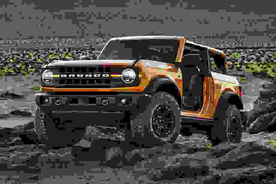 """5 trang bị """"nhỏ mà có võ"""" của tân binh Ford Bronco"""