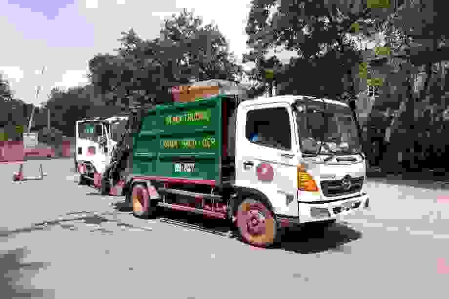 Bãi rác Nam Sơn mở cửa trở lại sau cuộc đối thoại của lãnh đạo Hà Nội