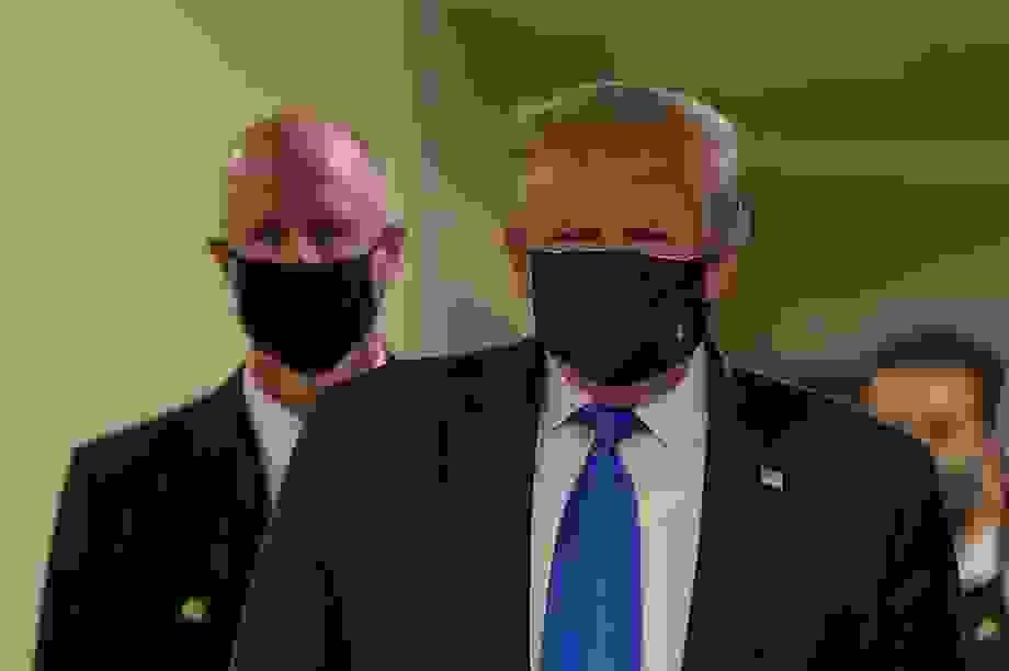 """""""Lá chắn"""" bảo vệ nguyên thủ thế giới giữa dịch Covid-19"""