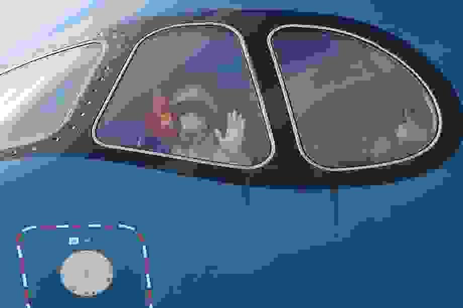 Công bố tình trạng sức khỏe phi hành đoàn chở 140 người Việt nhiễm Covid-19