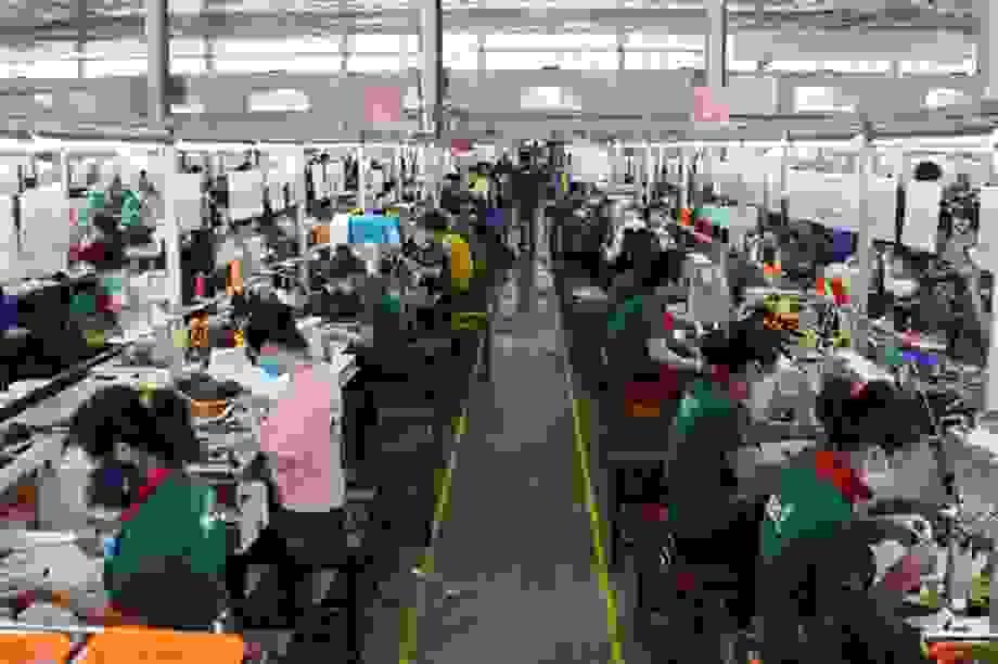 Đà Nẵng: Vừa phòng dịch Covid-19 vừa bảo vệ công nhân