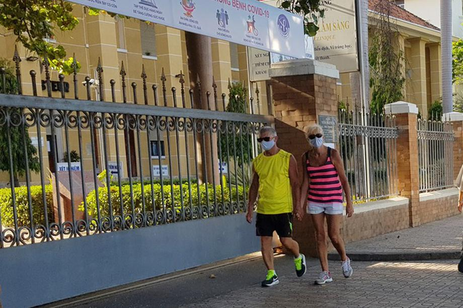 Gần 2.000 phòng khách sạn tại Khánh Hòa dùng cách ly người nước ngoài