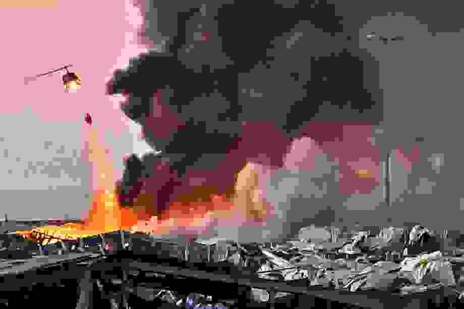 Nổ lớn rung chuyển Li Băng, hơn 70 người chết, hàng nghìn người bị thương