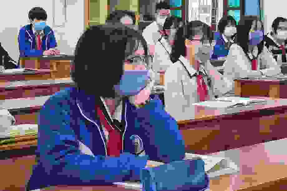 """Tâm sự của thí sinh Quảng Nam: """"Lùi lịch thi, chúng em mệt mỏi lắm"""""""