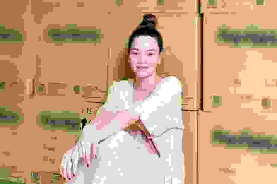 """Hồ Ngọc Hà """"chi mạnh tay"""" hỗ trợ khẩu trang cho Đà Nẵng-Quảng Nam"""