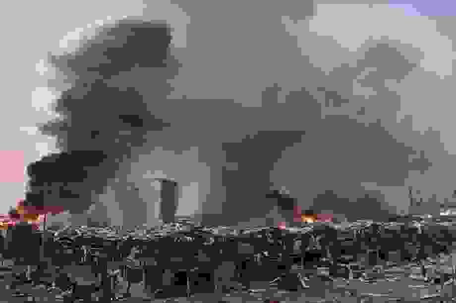 Thống đốc Beirut: Vụ nổ phá hủy một nửa thành phố