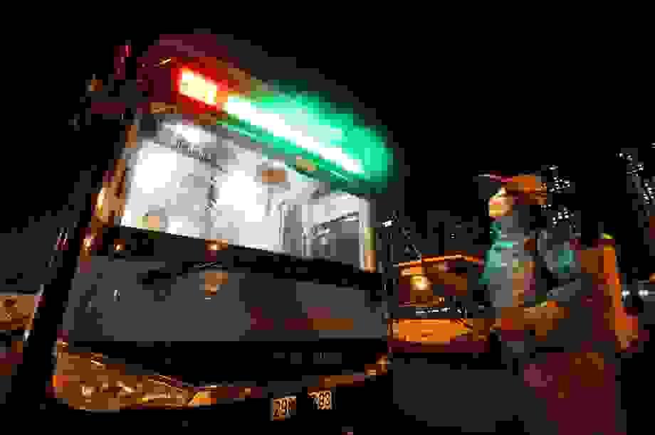 Hà Nội: Cách ly giám đốc và hơn 30 nhân viên xí nghiệp buýt có ca Covid-19
