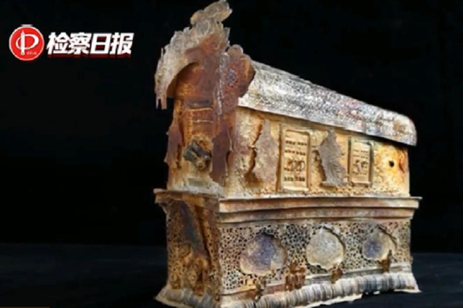 Băng đảng Trung Quốc ngày đội lốt nhà hàng, đêm đào trộm cổ vật