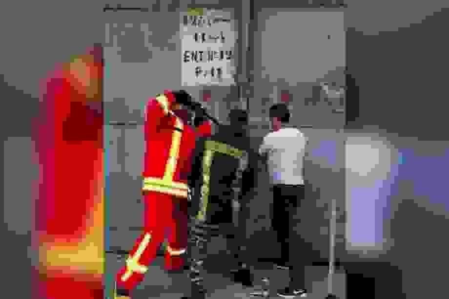Bức ảnh cuối cùng của 3 lính cứu hỏa cố phá nhà kho ngăn thảm kịch Beirut