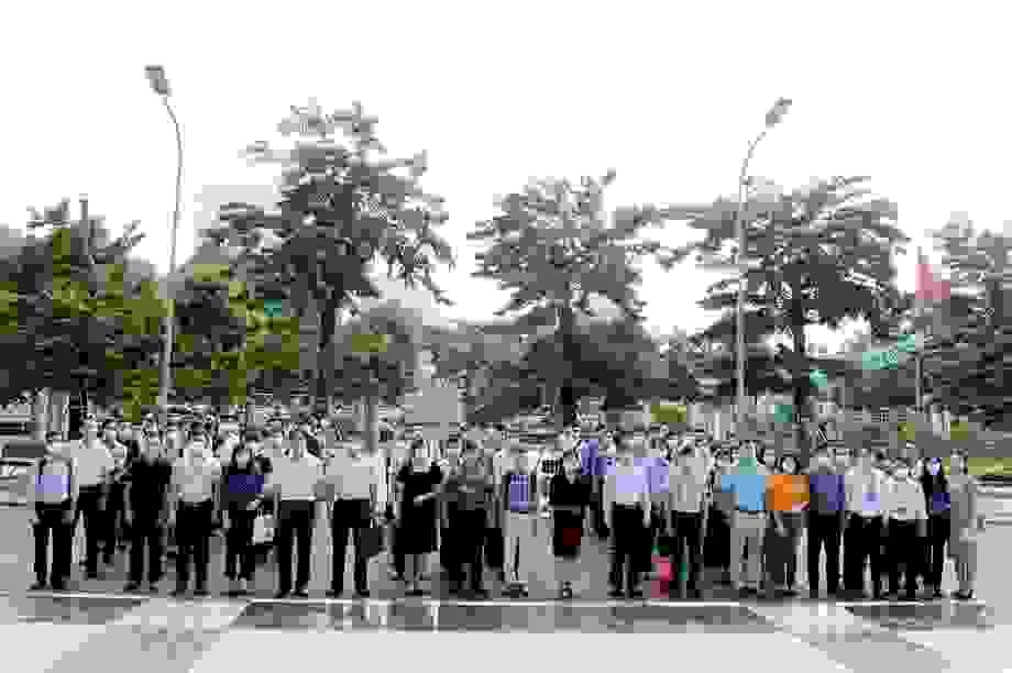 Hàng trăm giảng viên tỏa về các tỉnh làm nhiệm vụ trong thi tốt nghiệp THPT