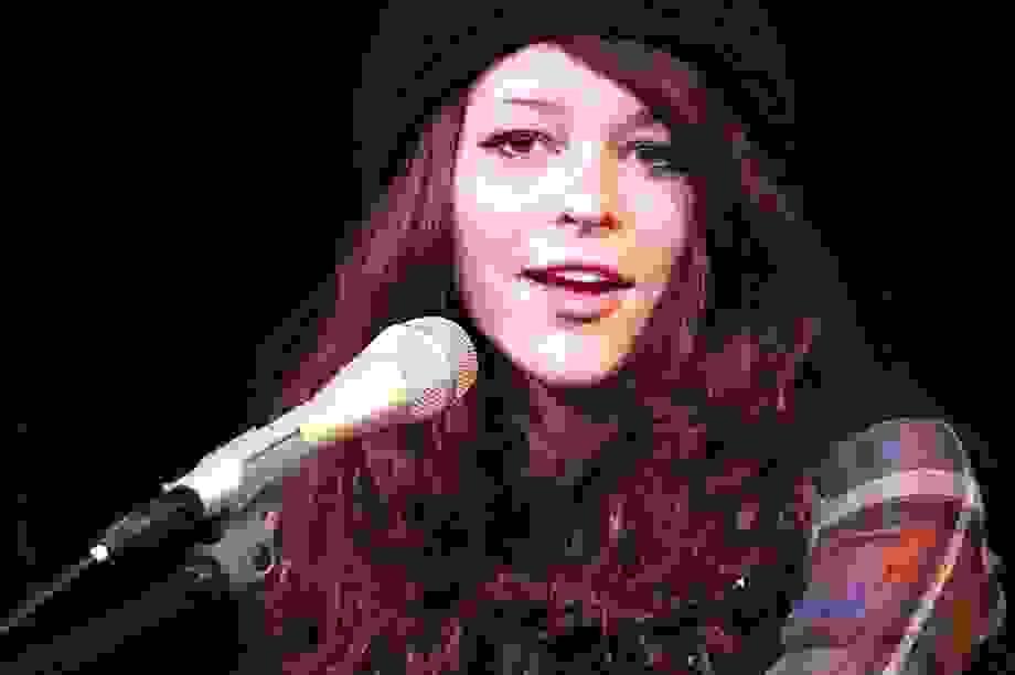 Nữ ca sĩ 9X chết vì nghiện rượu