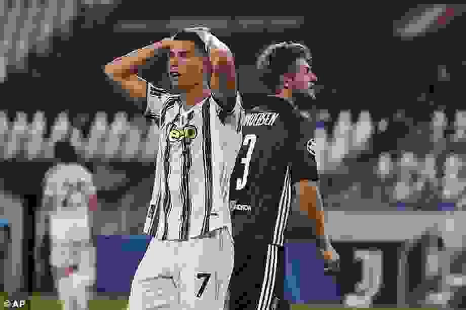 C.Ronaldo lập kỷ lục đáng nể trong ngày buồn của Juventus