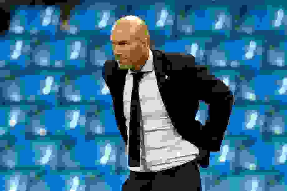 HLV Zidane nói gì sau khi Real Madrid bị loại ở Champions League?