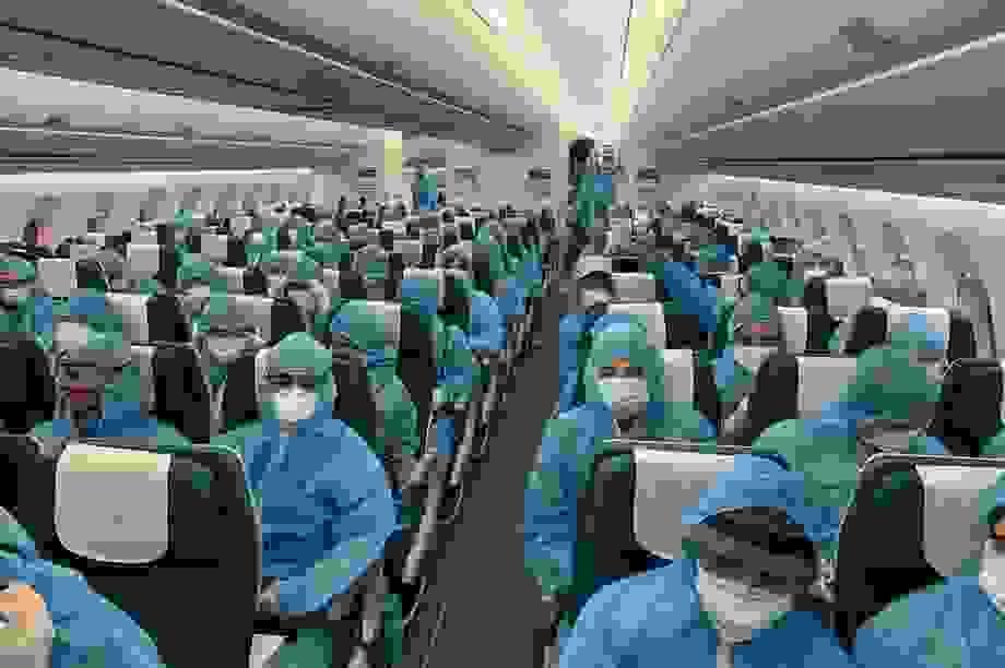 """Chuyến bay đầu tiên """"giải cứu"""" người Việt ở đảo quốc Cyprus"""