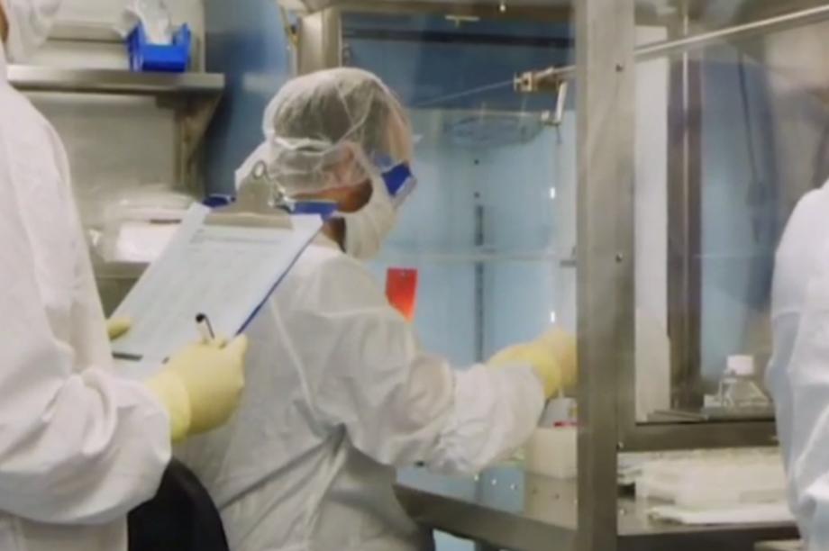 Cuộc đua phát triển kháng thể đơn dòng điều trị Covid-19