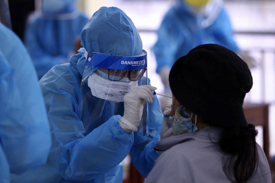 Đà Nẵng: Du khách muốn về TP HCM đã được lấy mẫu xét nghiệm SARS-CoV-2