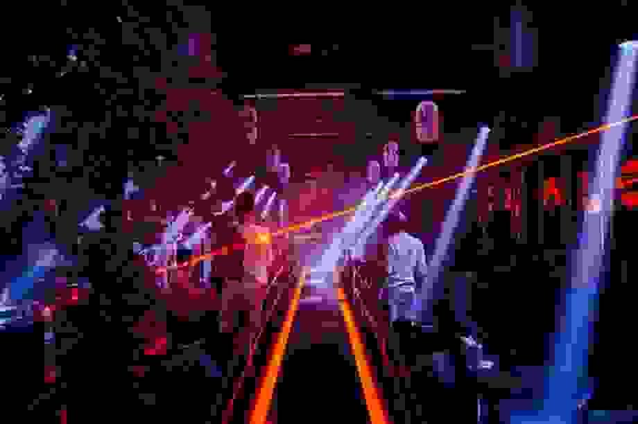 Ninh Thuận tạm dừng hoạt động quán bar, karaoke, vũ trường