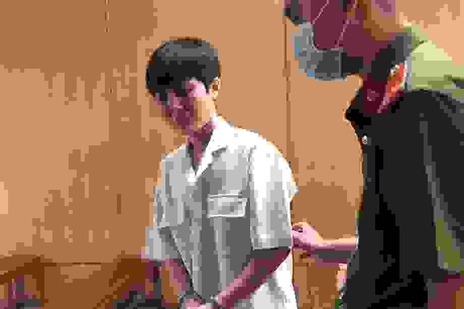 Rủ tiếp viên về ngủ qua đêm, người đàn ông Hàn Quốc bị mất đồng hồ Rolex