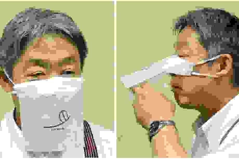 """Nhà hàng Nhật """"ép"""" thực khách đeo khẩu trang khi… ăn"""