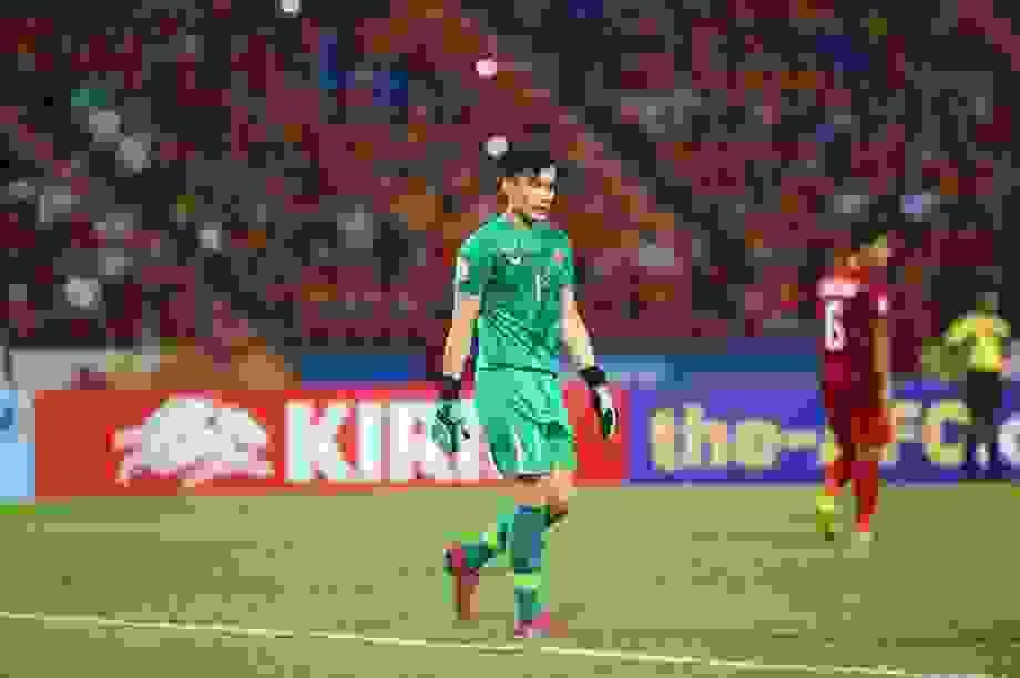 Đội tuyển Việt Nam: Không có Đặng Văn Lâm, Bùi Tiến Dũng