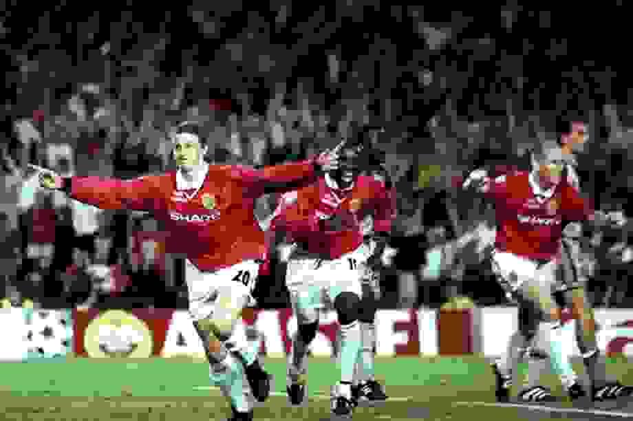 Lội ngược dòng khó tin, PSG sánh ngang Man Utd năm 1999
