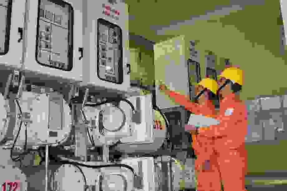 Bộ Công Thương lý giải điện một giá phải gần 3.000 đồng/kWh