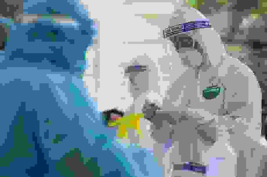 Bệnh nhân Covid-19 mới nhất của Hà Nội: Khó xác định nguồn lây từ đâu