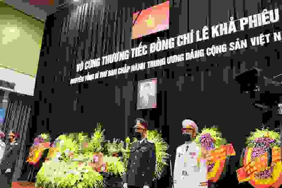 Lễ tang nguyên Tổng Bí thư Lê Khả Phiêu tại quê nhà Thanh Hóa