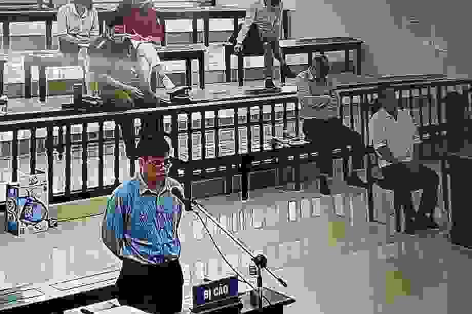 Y án 10 năm tù với cựu nhà báo Trương Duy Nhất