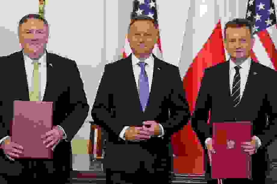 Ngoại trưởng Mỹ gặp Thủ tướng Ba Lan, ký thỏa thuận quốc phòng, bàn về Belarus