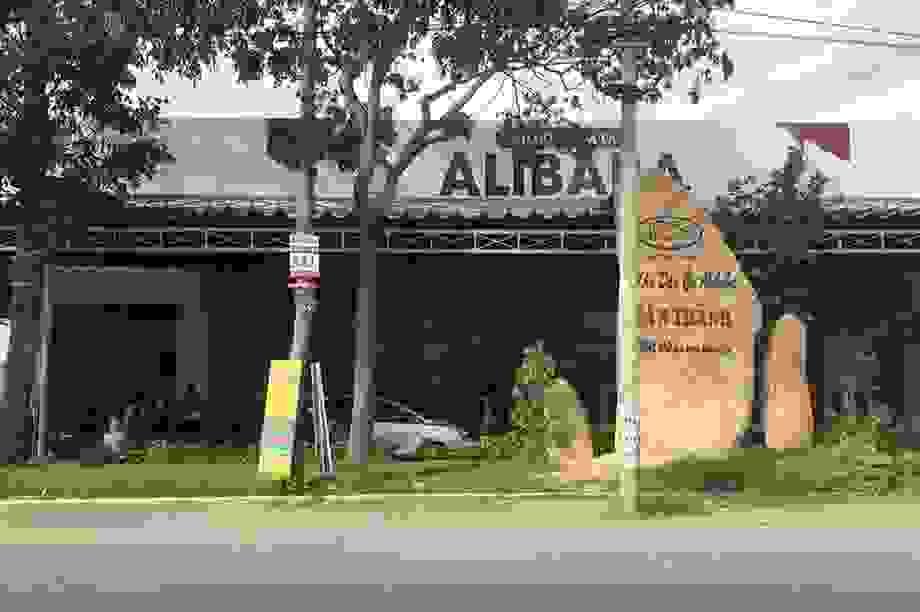 Bắt giam giám đốc làm dự án cho công ty Alibaba vì tội trốn thuế