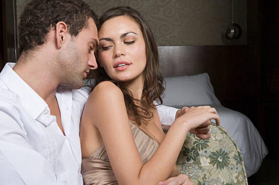 Đàn ông ngoại tình, đàn bà phải nhìn lại mình?