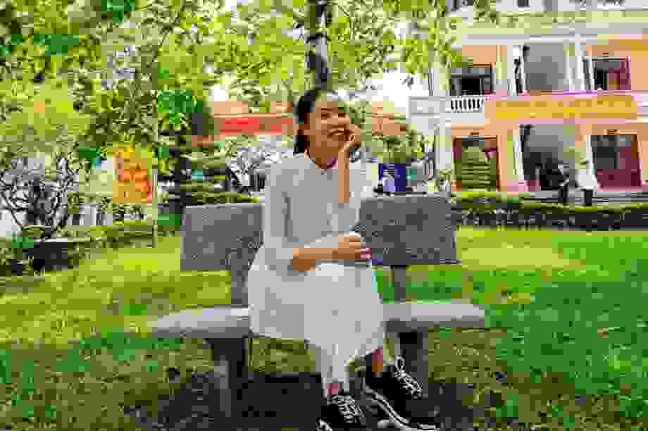 Nữ sinh Nam Định đạt điểm 10 môn Văn tốt nghiệp: Bài thi dài 12 trang giấy