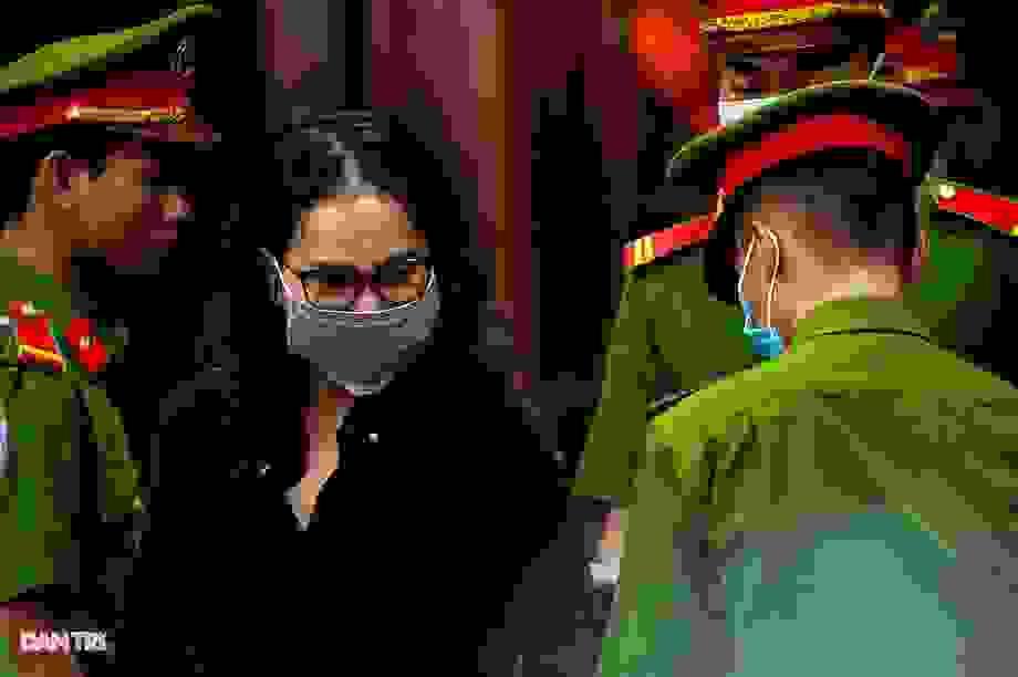 Nữ bị cáo trần tình về quan hệ với cựu Phó Chủ tịch TPHCM Nguyễn Thành Tài