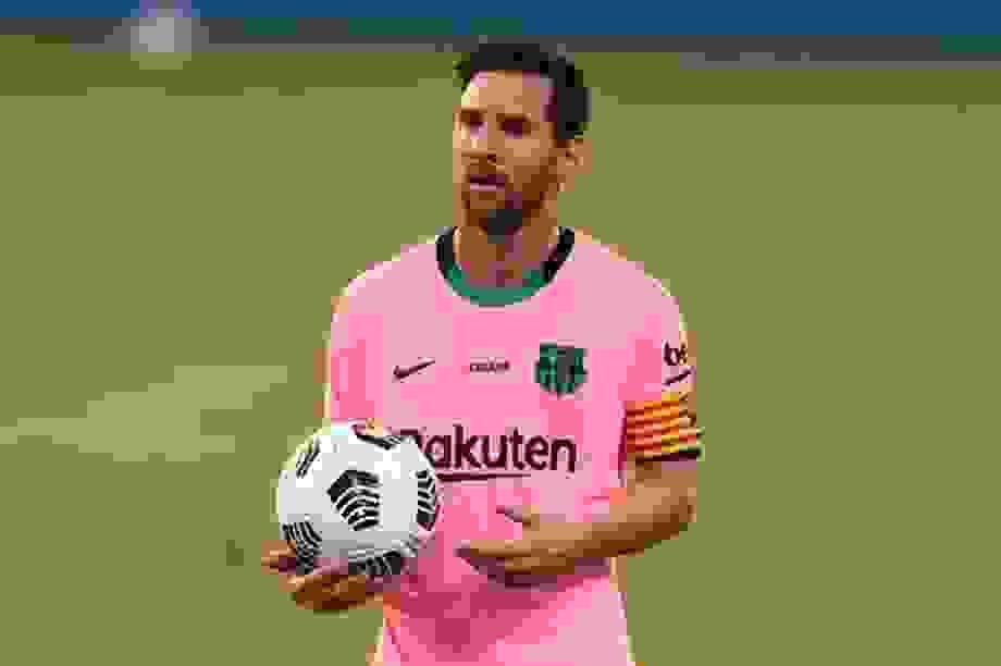 Messi có nguy cơ lỡ hẹn với đại chiến gặp Real Madrid