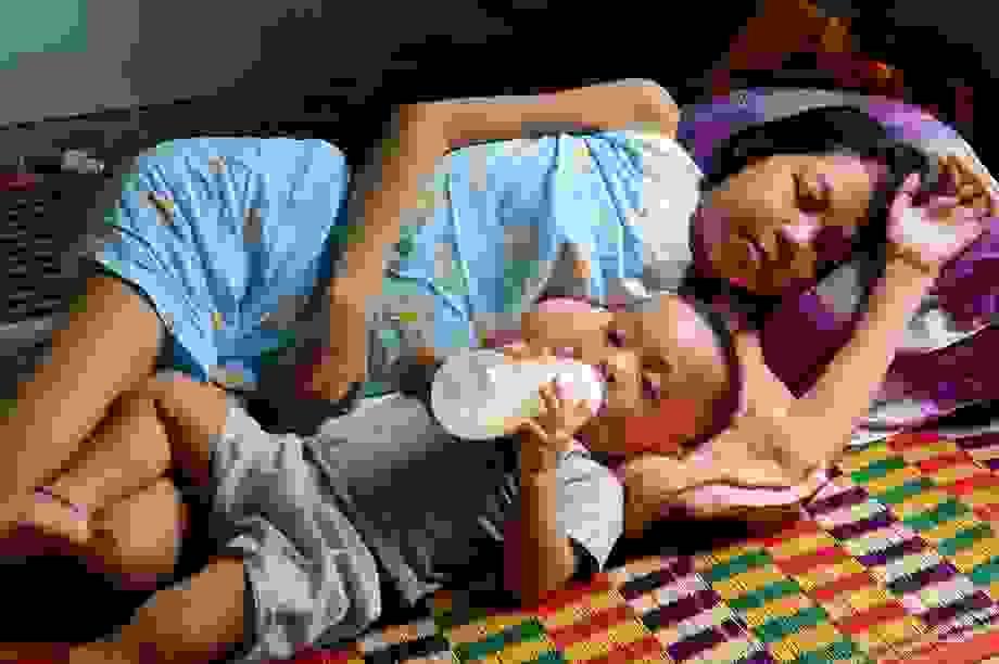 Người mẹ trẻ nghẹn ngào: Em muốn được sống để nhìn con lớn mỗi ngày