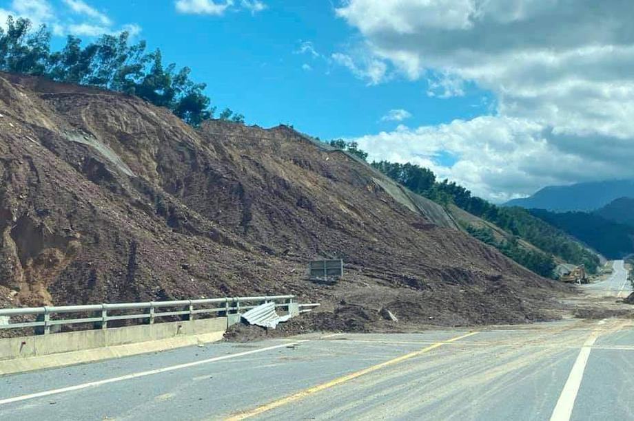 Huyện miền núi ở Thừa Thiên Huế có nguy cơ sạt lở