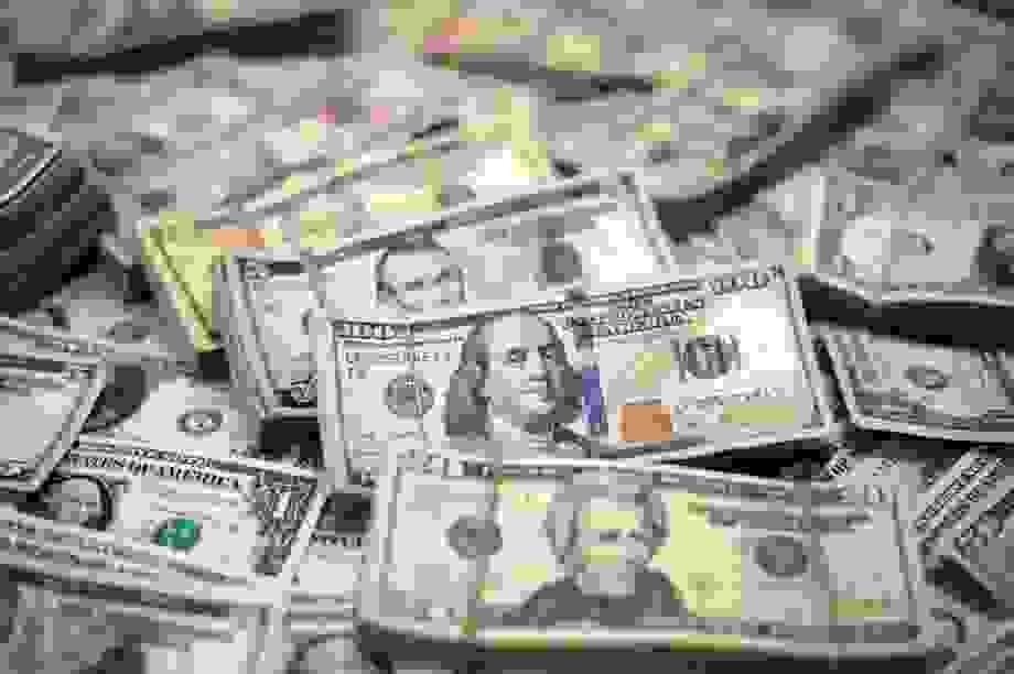 """Nga - Trung tìm cách """"khắc chế"""" đồng USD"""