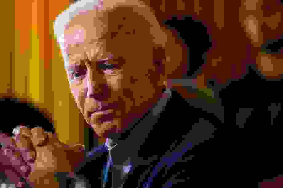 Ông Biden cảnh báo thêm 200.000 người Mỹ có thể chết vì Covid-19