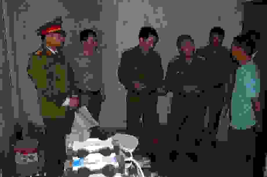 Phát hiện cơ sở sản xuất đạn chì số lượng lớn