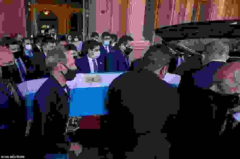 Nữ y tá khai báo sai xung quanh cái chết của Maradona