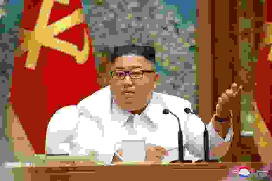 Chuyên gia: Ông Kim Jong-un có thể đã tiêm vắc xin Covid-19 của Trung Quốc
